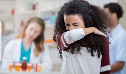 Como tossir e como espirrar corretamente