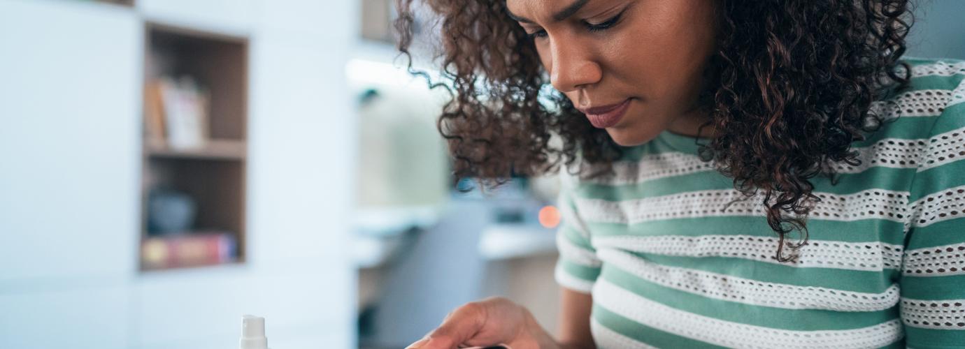 Cómo desinfectar tu teléfono móvil